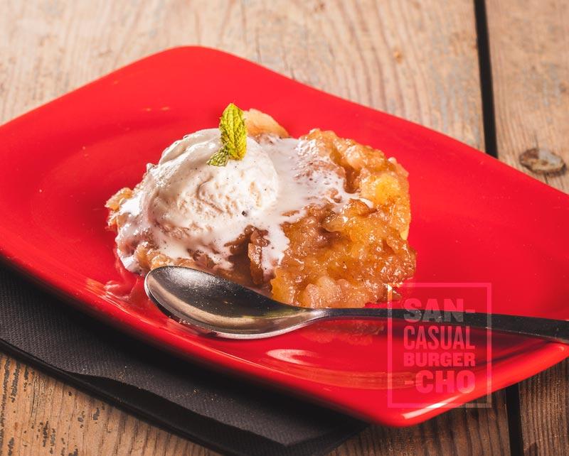 Tatín de manzana con helado de vainilla